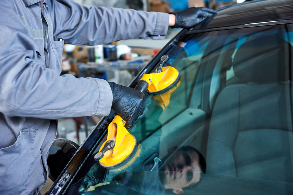 Eastlake Auto Glass | Windshield Repair | Windshield Replacement | Bellvue, WA