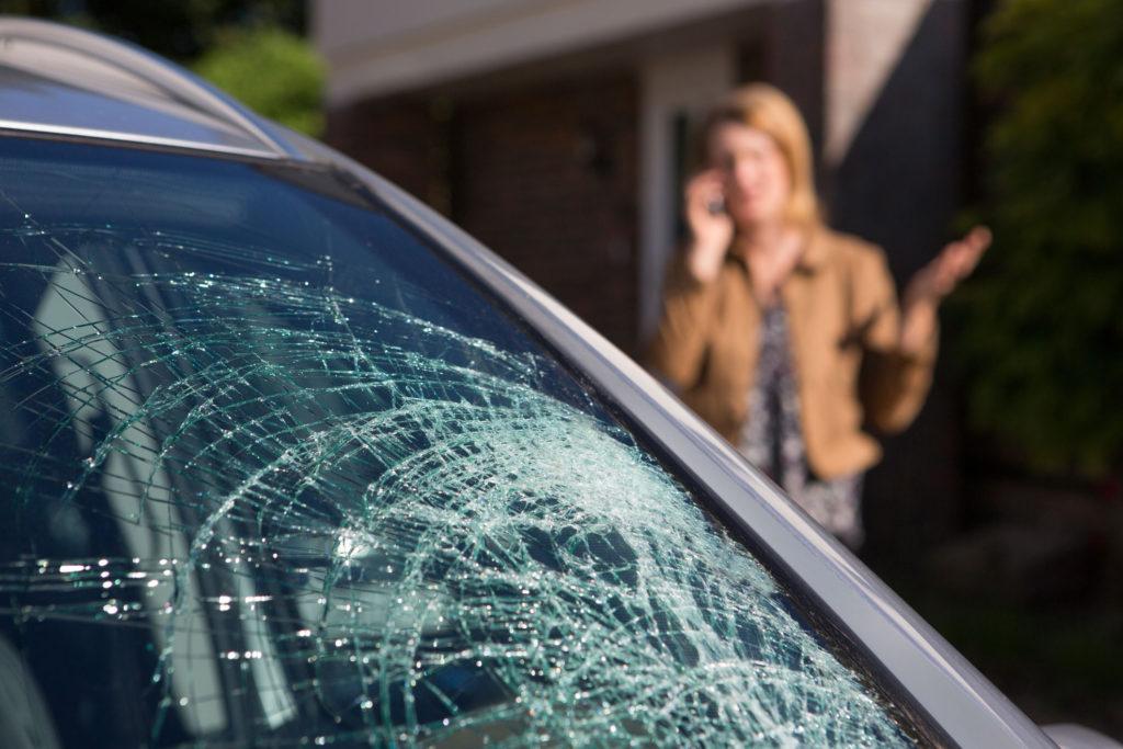 Eastlake Auto Glass | Windshield Repair | Windshield Replacement | Bellvue, WA